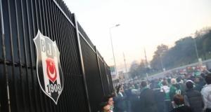 Bursaspor taraftarları Vodafone Arena'da