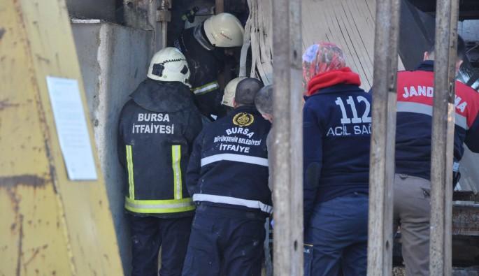 Bursa'da 12 tonluk mermerin altında kalan işçi öldü