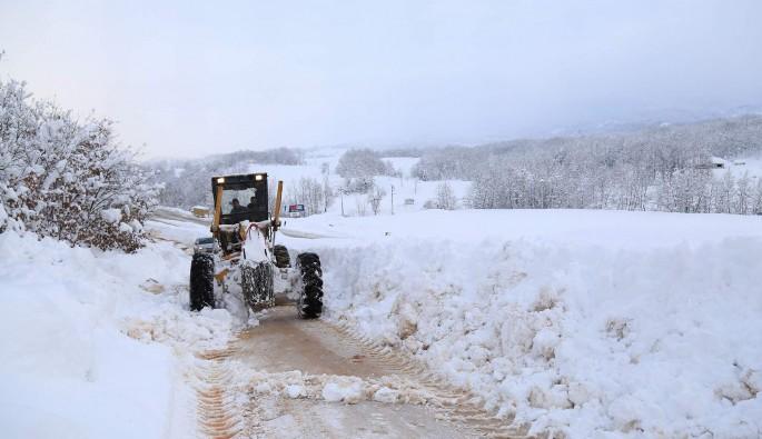 Bursa'da 21 köy yolunun açılması için çalışmalar sürüyor