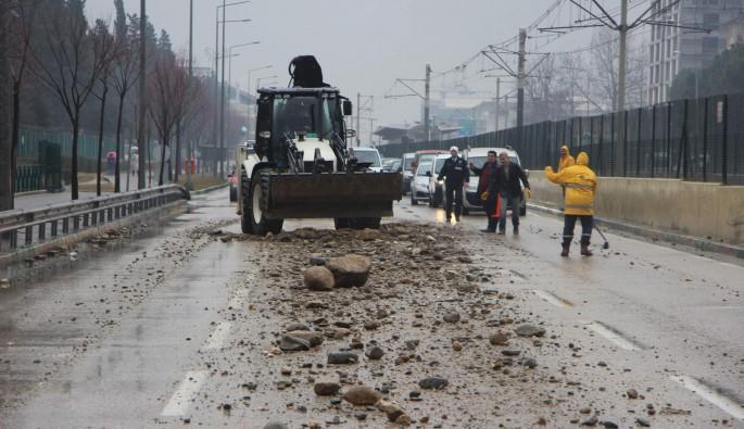 Bursa'da hafriyat yola saçıldı