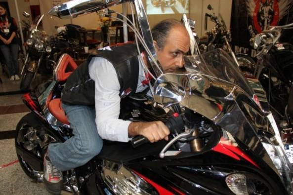 Çift direksiyonlu motosiklet