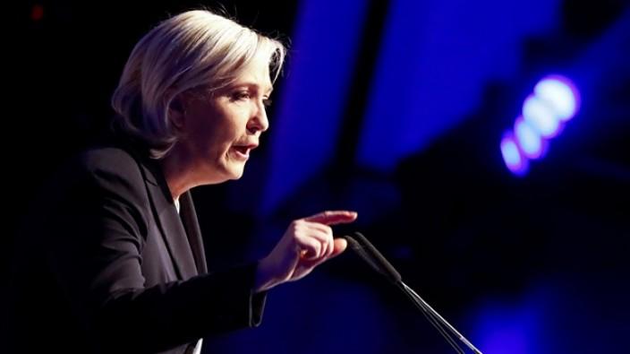 Fransa'daki aşırı sağcı Ulusal Cephe'nin lideri Le Pen, ''AB öldü''