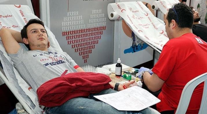 Gönüllü kan bağışında rekor artış