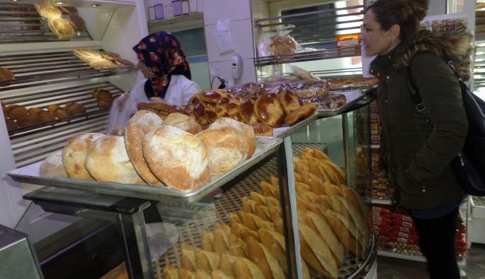 Tam buğday ekmek fiyatları 3 lira oldu