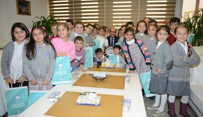 Yıldırım Belediyesi'nden çocuklara tatil hediyesi