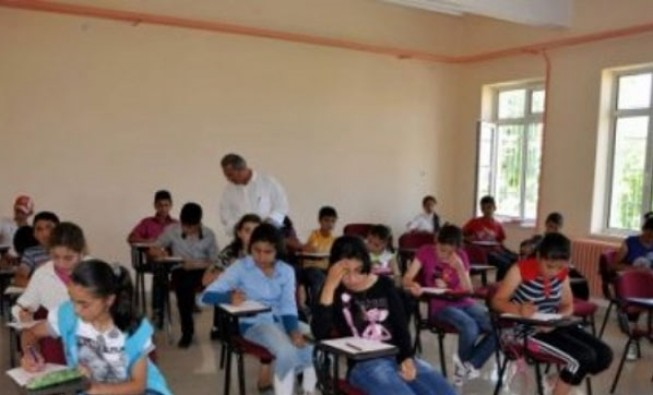 1 Temmuz'dan itibaren okul dışı takviye kurslar yasak
