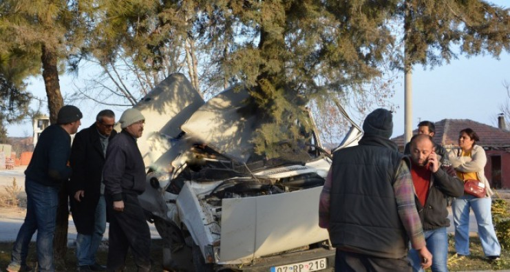 Antalya'da feci trafik kazası: 3 ölü