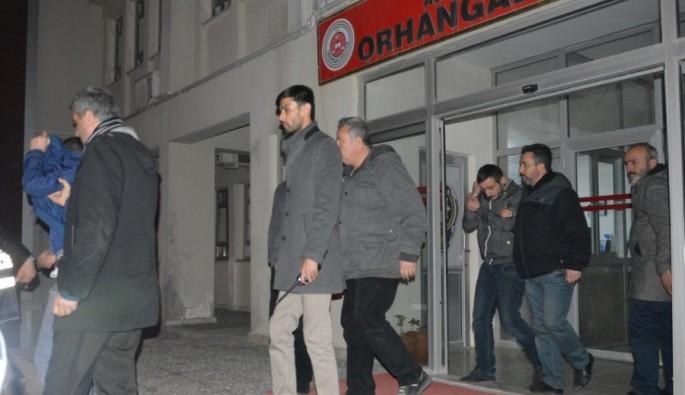 Bursa'da hırsızlar güvenlik kamerasına yakalandı