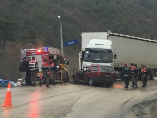 Bursa Keles yolunda feci kaza: 2 ölü
