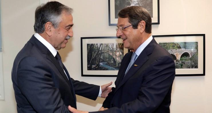 Kıbrıs görüşmelerinde gerginlik yaşandı