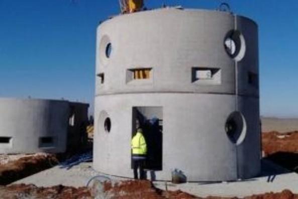 TOKİ'nin yaptığı 'güvenlik duvarı' inşaatının yarısı tamamlandı
