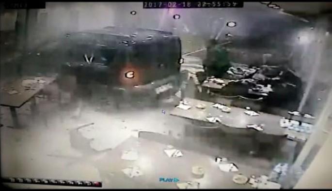 Köfteci Yusuf'taki kaza anı güvenlik kameralarında