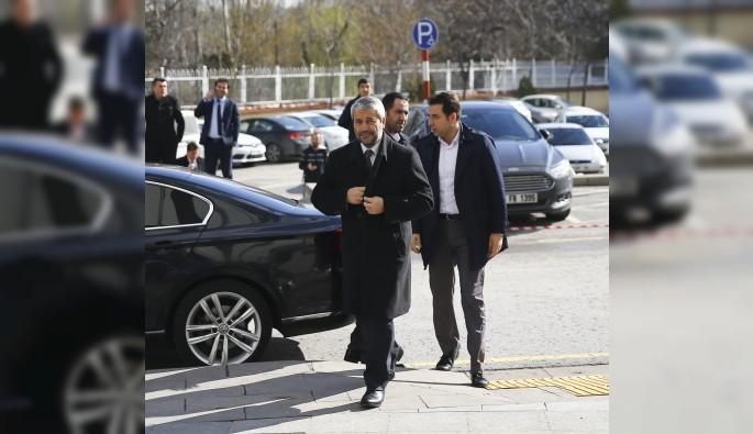 Başbakan Yıldırım eski bakanlarla buluştu