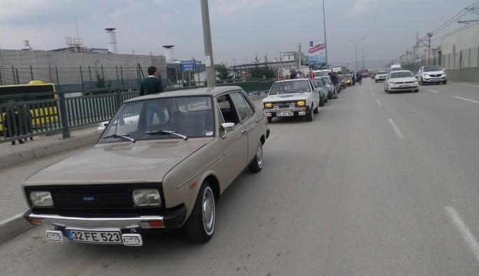Bursa'da klasik otomobillerle şehir turu