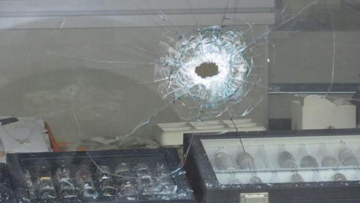 İstanbul Ataşehir'de güpegündüz kuyumcu soygunu
