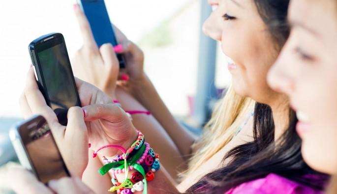 Akıllı telefon zihin geriliğine mi yol açıyor ?