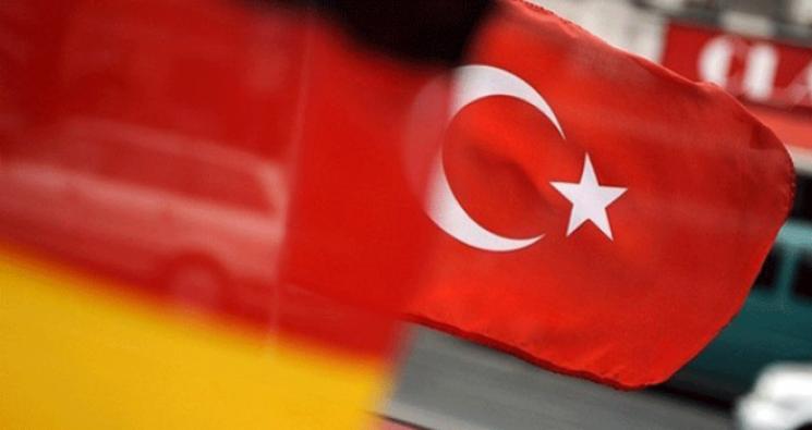Almanya'dan vatandaşlarına 'Türkiye' uyarısı