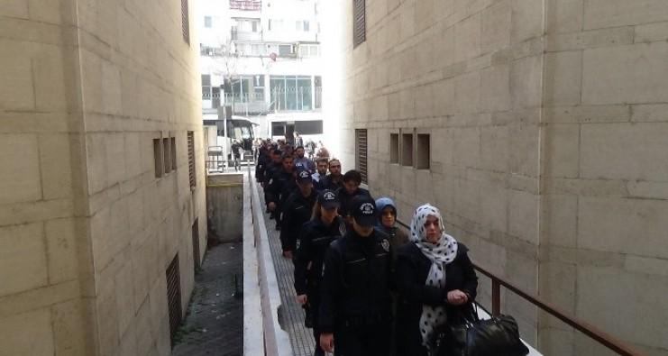 Bursa'da FETÖ'cü öğretmenler ve 3 işadamı adliyeye sevk edildi