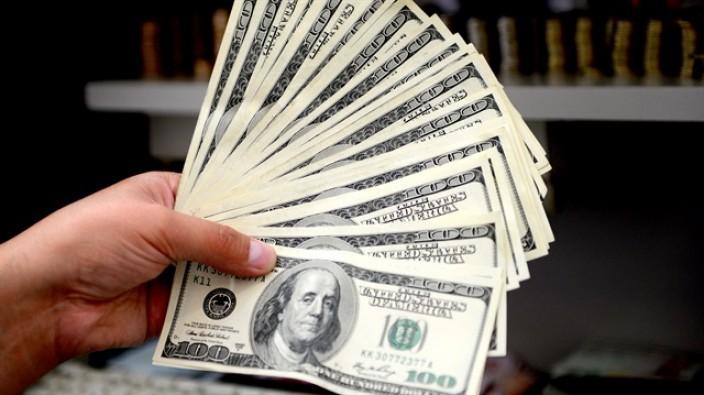 Dolar düşüşle başladı