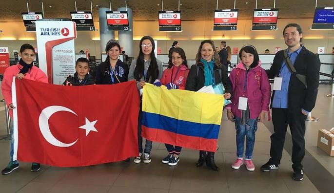 Kolombiyalı çocuklar 23 Nisan için Türkiye'ye misafir