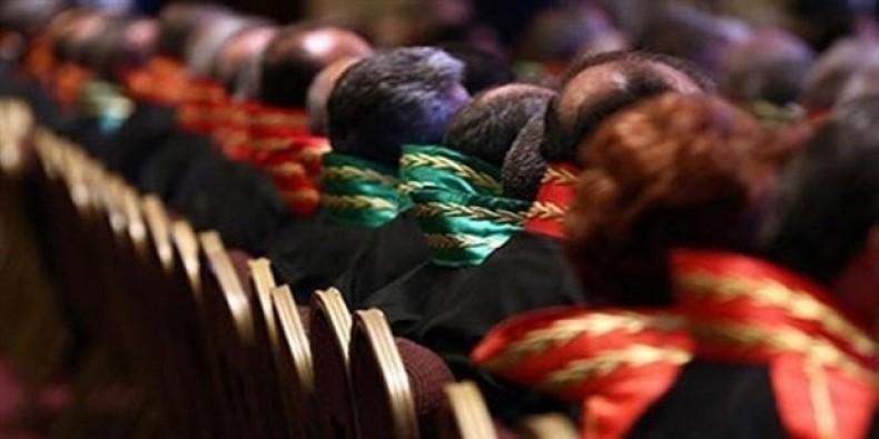 Tahliye kararı verilen hakimler açığa alındı