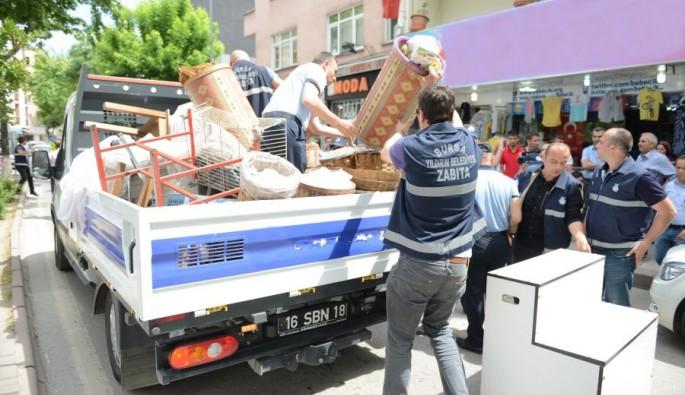Bursa'da kaldırımı işgal edenlere uyarı!