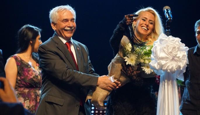 """Çalgıcı Mektebi Roman Orkestrası'ndan """"Niran Ünsal"""" konseri"""