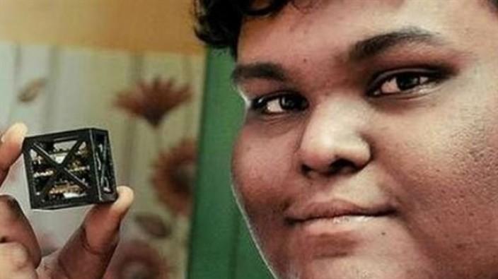 Hint öğrenci dünyanın en küçük uydusunu yaptı