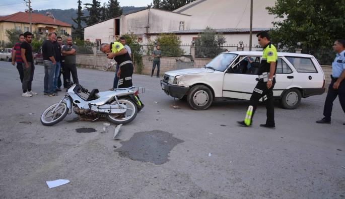 Ortaca'da otomobille motosiklet çapıştı; 2 yaralı