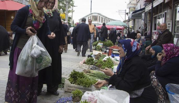 Orhaneli Beyce pazarında her şey organik