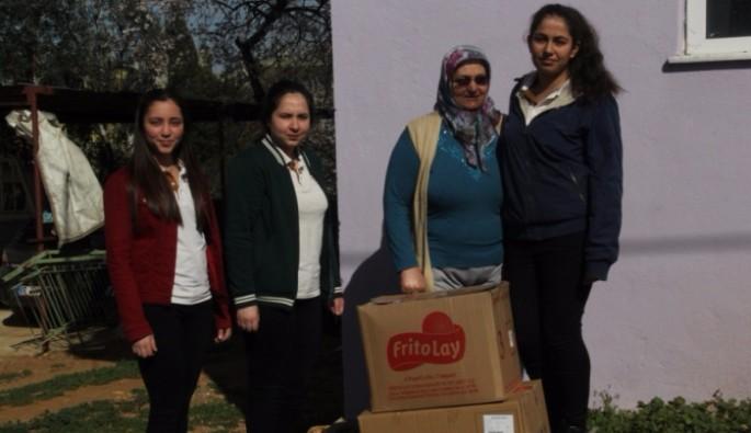 Tokat'ın Zile ilçesinde Liselilerden örnek davranış