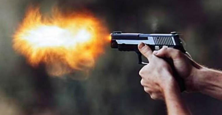 Amcasını silahla vurarak öldürdü