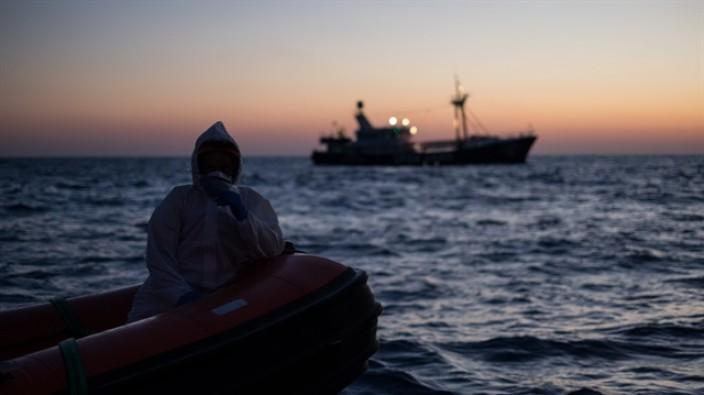 Avrupa yolcusu 48 göçmen durduruldu