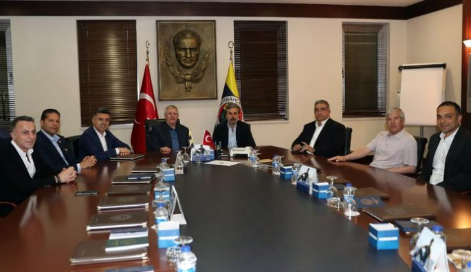 Aykut Kocaman resmen Fenerbahçe'de