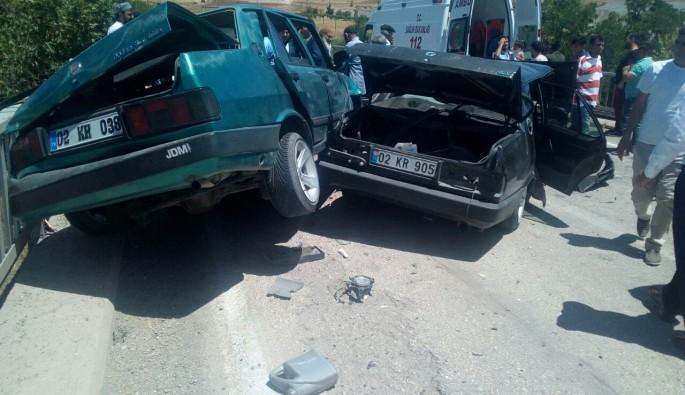 Bayramlaşma yolunda feci kaza: 9 yaralı