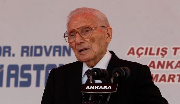Bilim dünyasının acı kaybı! Prof. Dr. Rıdvan Ege vefat etti
