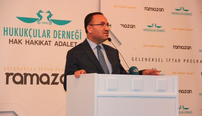 """Bozdağ: """"Fetullah Gülen 'Her şeyi reddedin' talimatı verdi"""""""