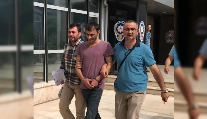 Bursa'da hırsızı şapkasındaki soru işareti ele verdi