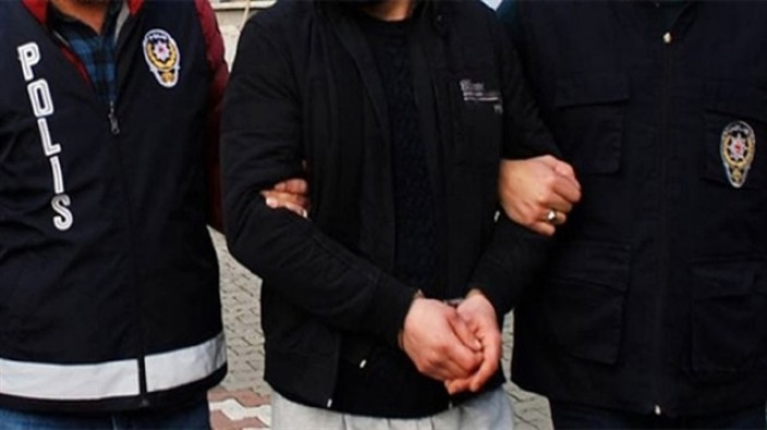 İstanbul Üniversitesinde 53 gözaltı