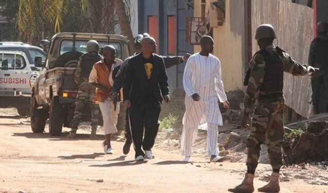Mali'de turistik otele saldırı