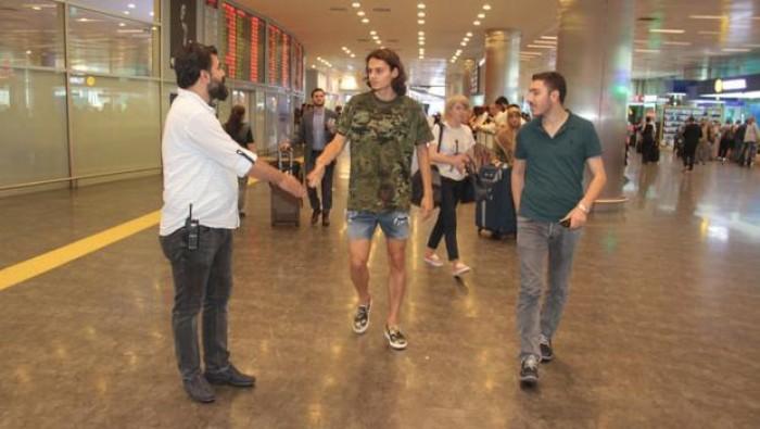 Milli futbolcu Enes Ünal gözaltına alındı!