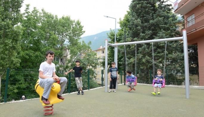 Musababa Mahallesi'ne çocuk oyun ve dinlenme parkı