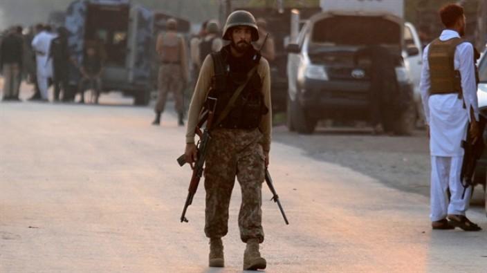 Pakistan'da tanker patladı: 122 ölü