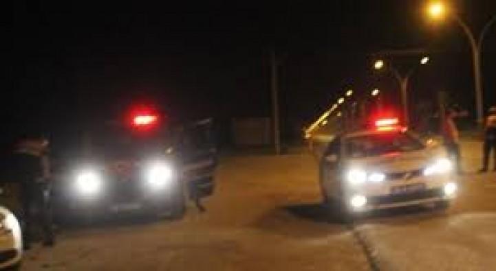 Polise çarpıp kaçan alkollü sürücü tutuklandı