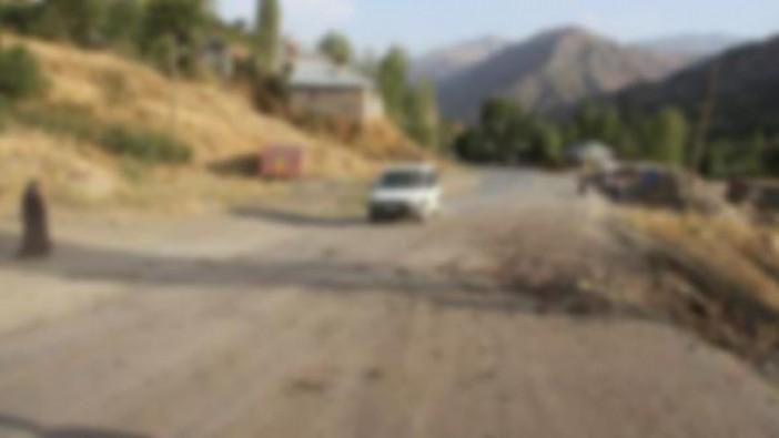 Teröristler askeri konvoy geçerken patlayıcıyı infilak ettirdi
