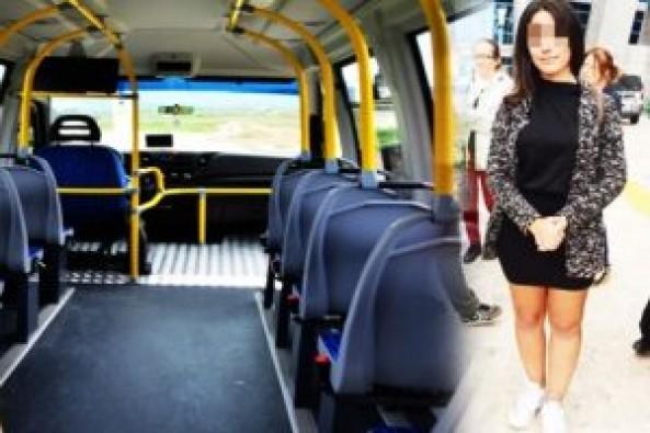 Üniversiteliye minibüste şort dayağı!