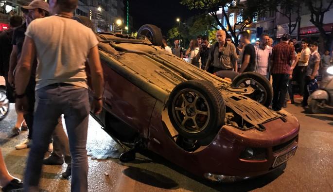 Bursa Atatürk Caddesi'nde kaza:  4 yaralı