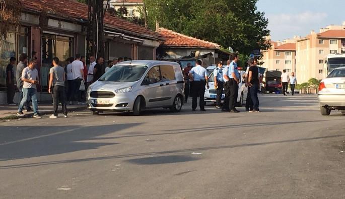 Başkent'te sokak ortasında silahlarla çatışma