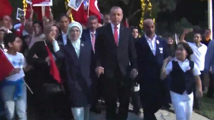 Başkomutan Erdoğan Kısıklı'dan yürüyor