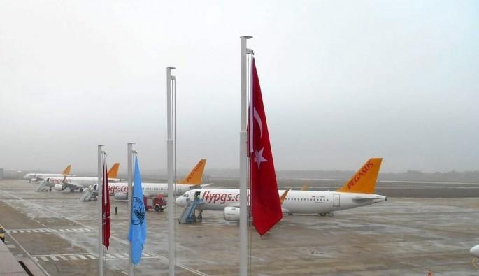 İstanbul'daki yoğun sis hava ulaşımını etkiledi